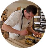 Benoit Coulange boulanger au Moulin de Sarré